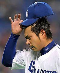 序盤に2本塁打4失点で険しい表情の朝倉健太=ナゴヤドーム