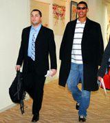 沖縄入りした新戦力のジョー・バレンタイン(左)とフランクリン・グラセスキー