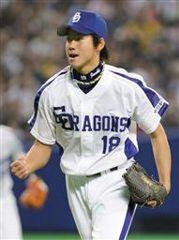 阪神戦に先発8回1失点でプロ初勝利を挙げた伊藤準規=ナゴヤドーム