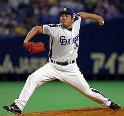 阪神を3安打完封して今季初勝利を挙げた山本昌=ナゴヤドーム
