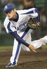 3回を2安打無失点と好投してセーブを挙げた中田賢一=長良川球場