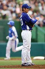4回裏、細川に3ランホーマーを打たれた中田賢一=西武ドーム
