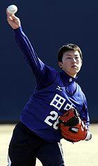 中日新人合同自主トレで練習する田中大輔捕手=ナゴヤ球場