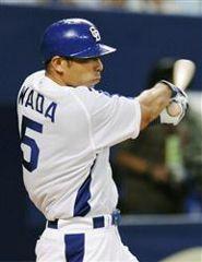 1回裏2死一、二塁から和田が右前に先制打を放つ=ナゴヤドーム