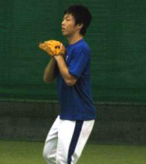 志願の投球練習を行った吉見一起投手=ナゴヤ球場
